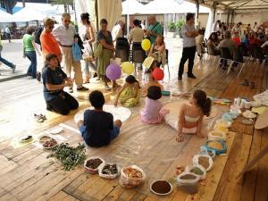Pane e cajita e lezioni di cucina del mondo. A Genova torna Equa, fiera solidale